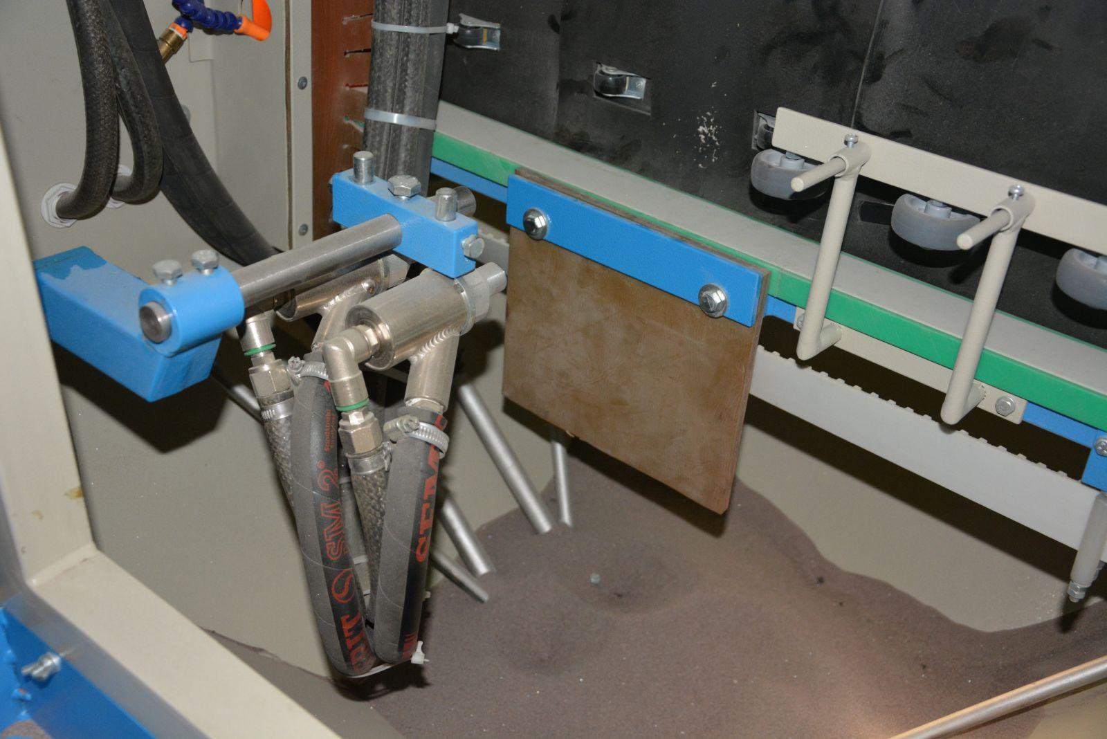 Автоматические пескоструйные камеры